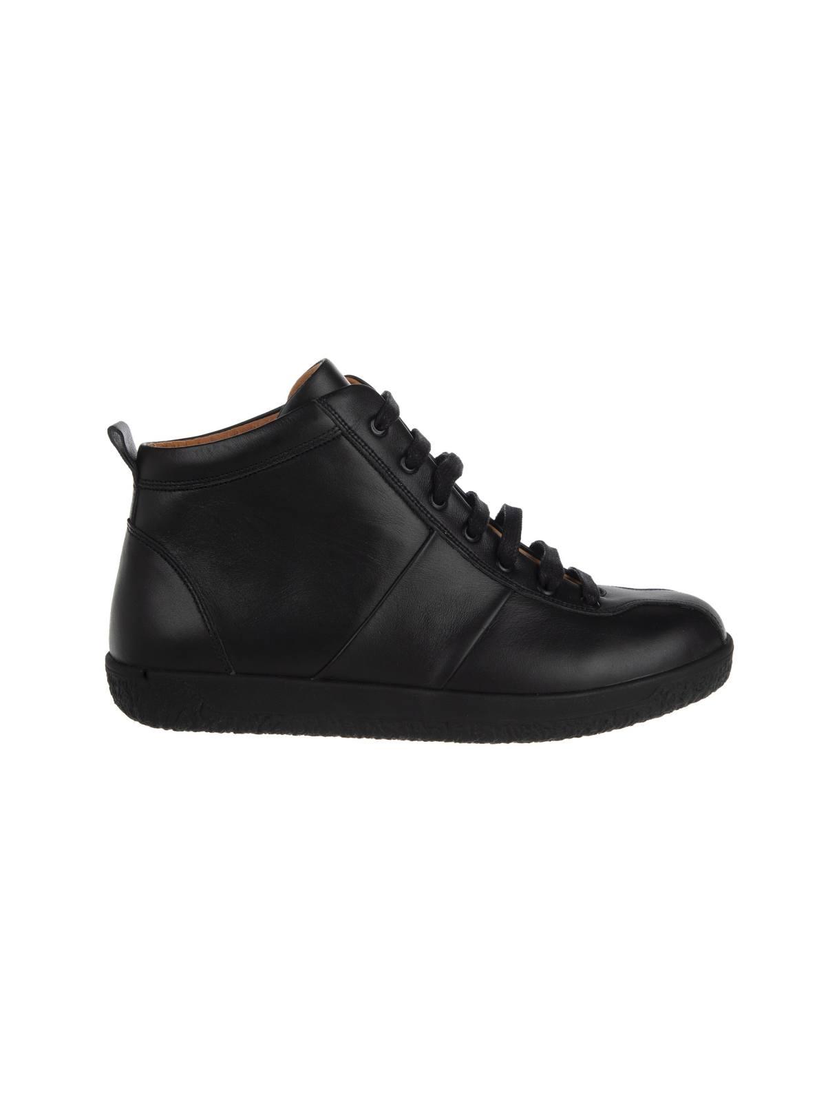 کتانی بندی چرم زنانه – برتونیکس  Women Leather Lace-up Sneakers – Berttonix