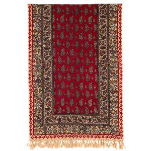 رومیزی قلمکار ممتاز اصفهان اثر عطريان طرح لپ قرمز کدG142 سایز 150*50 سانتی متر