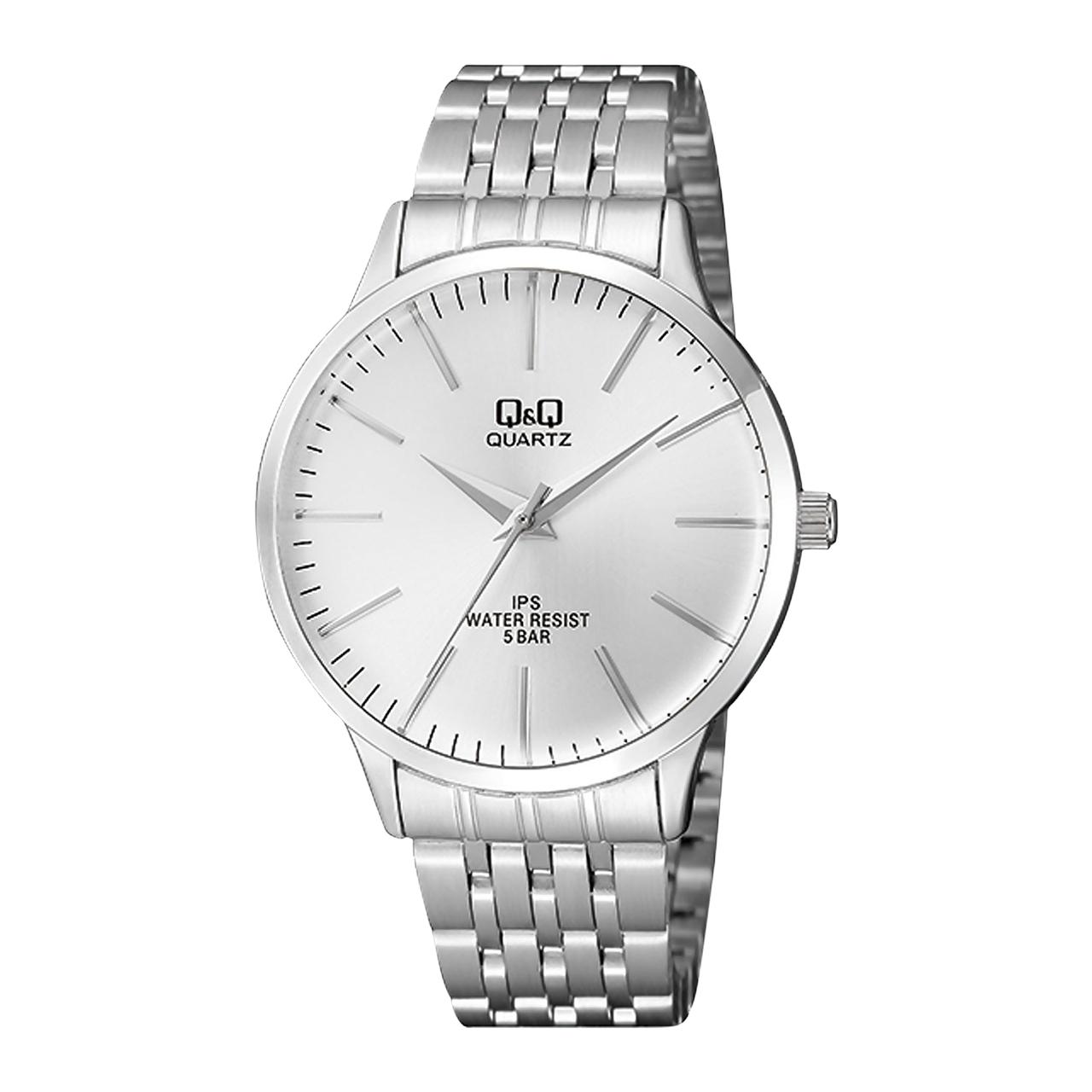 ساعت مچی عقربه ای مردانه کیو اند کیو مدل QZ16J201Y به همراه دستمال مخصوص برند کلین واچ
