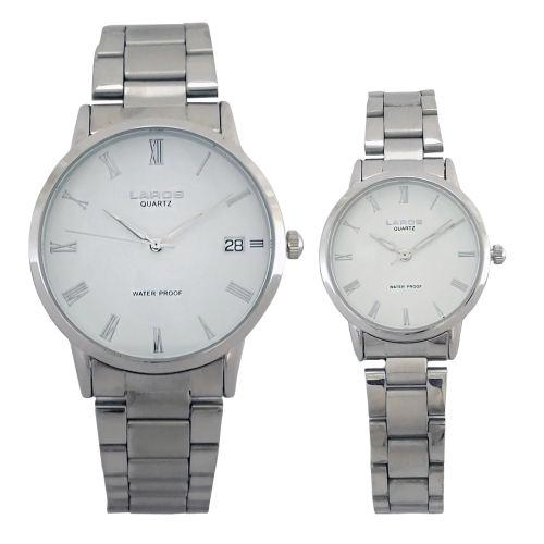 ست ساعت مچی عقربه ای زنانه مردانه لاروس مدل 0118-80207-d  به همراه دستمال مخصوص برند کلین واچ