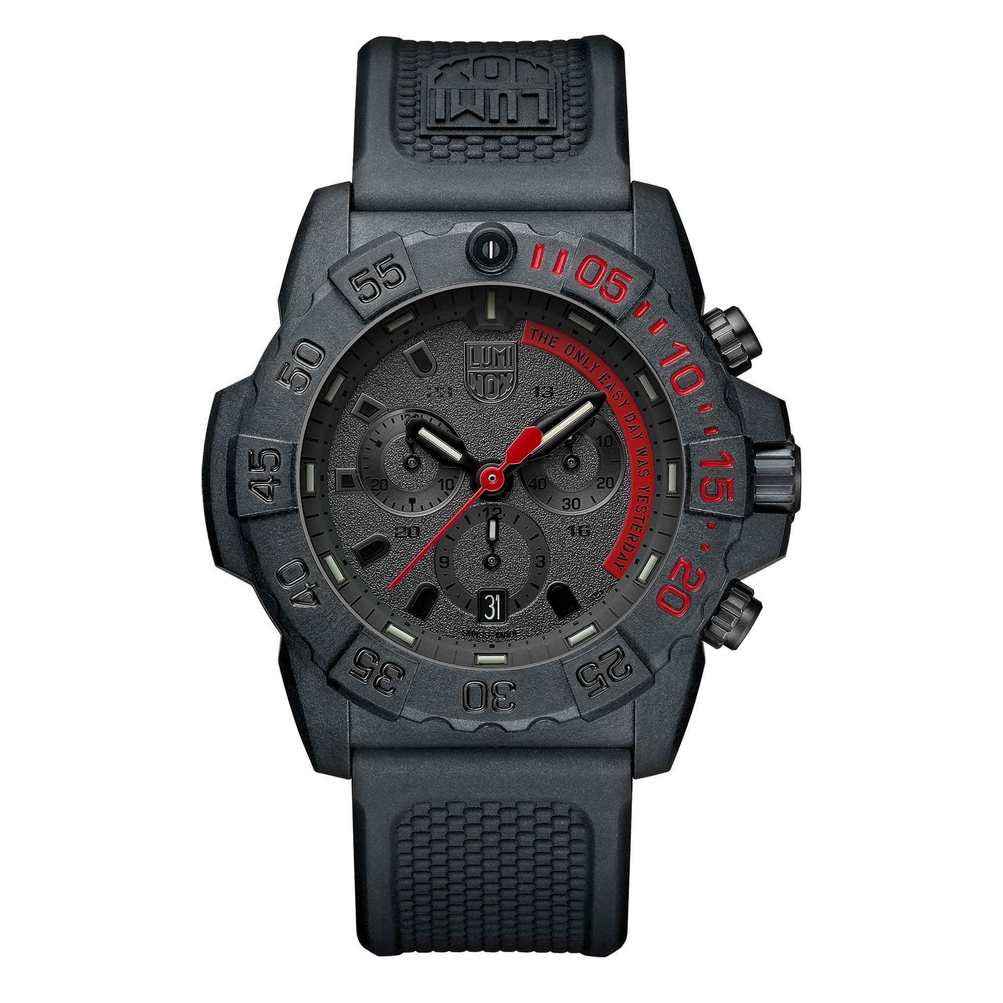 کد تخفیف                                      ساعت مچی عقربه ای مردانه لومیناکس مدل XS.3581