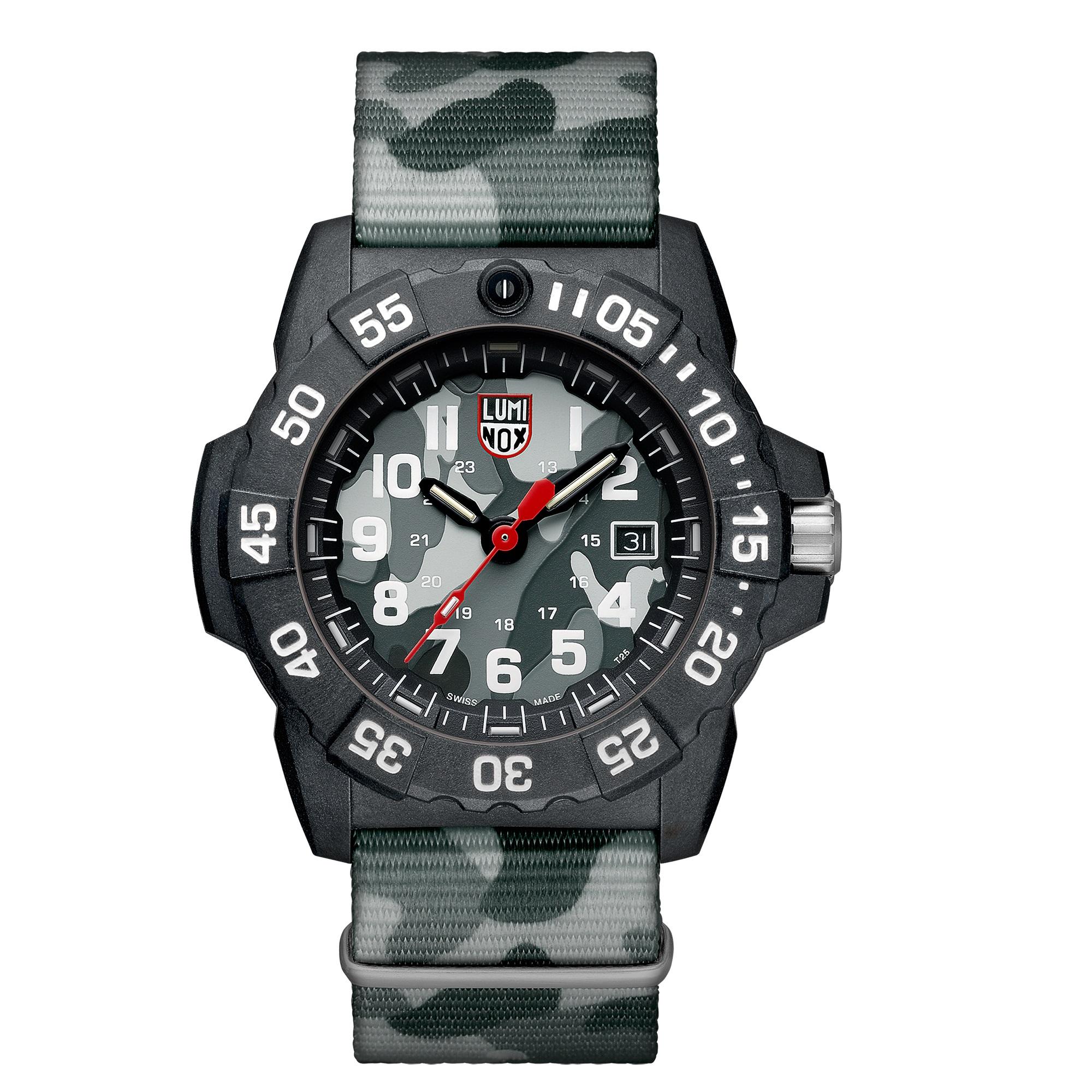 ساعت مچی عقربه ای مردانه لومیناکس مدل XS.3507.PH