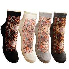 جوراب زنانه طرح سنتی کد 05 بسته 4 عددی