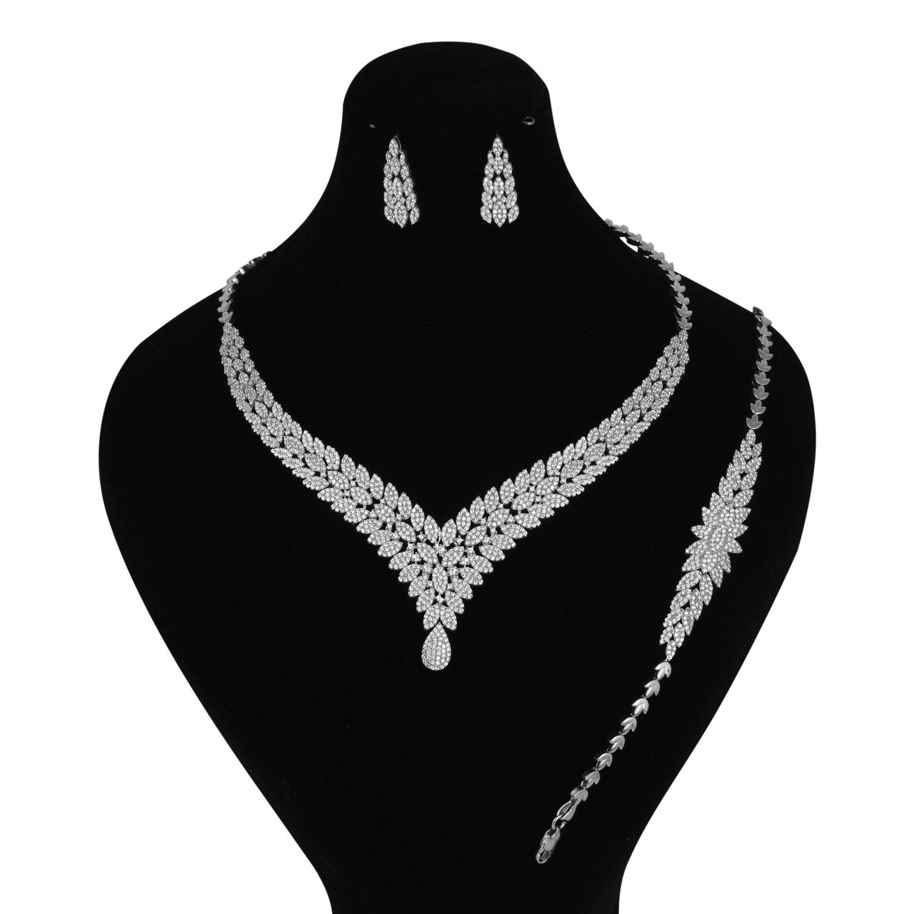 قیمت نیم ست نقره زنانه مدوکلاس کد 180354