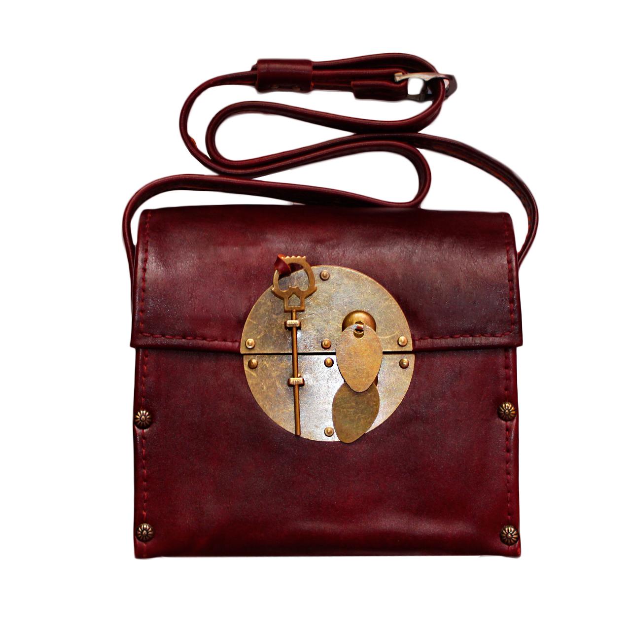 کیف دوشی زنانه مدل CH کد cm173